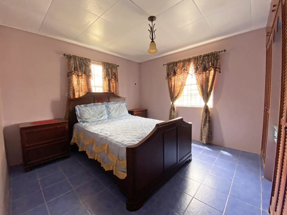 Bedroom 1 with air conditioning
