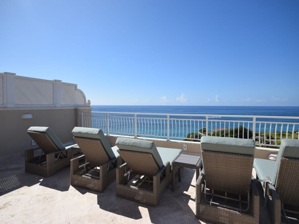 Roof Deck - Perfect for Sun Worshiping and just Relaxing