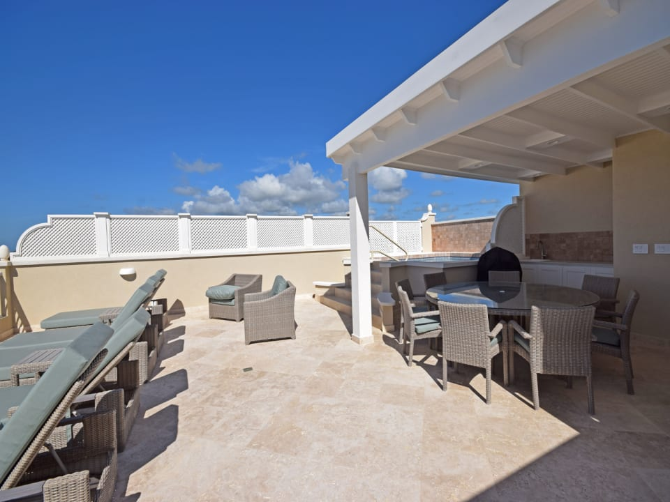 Roof Deck and Plunge Pool