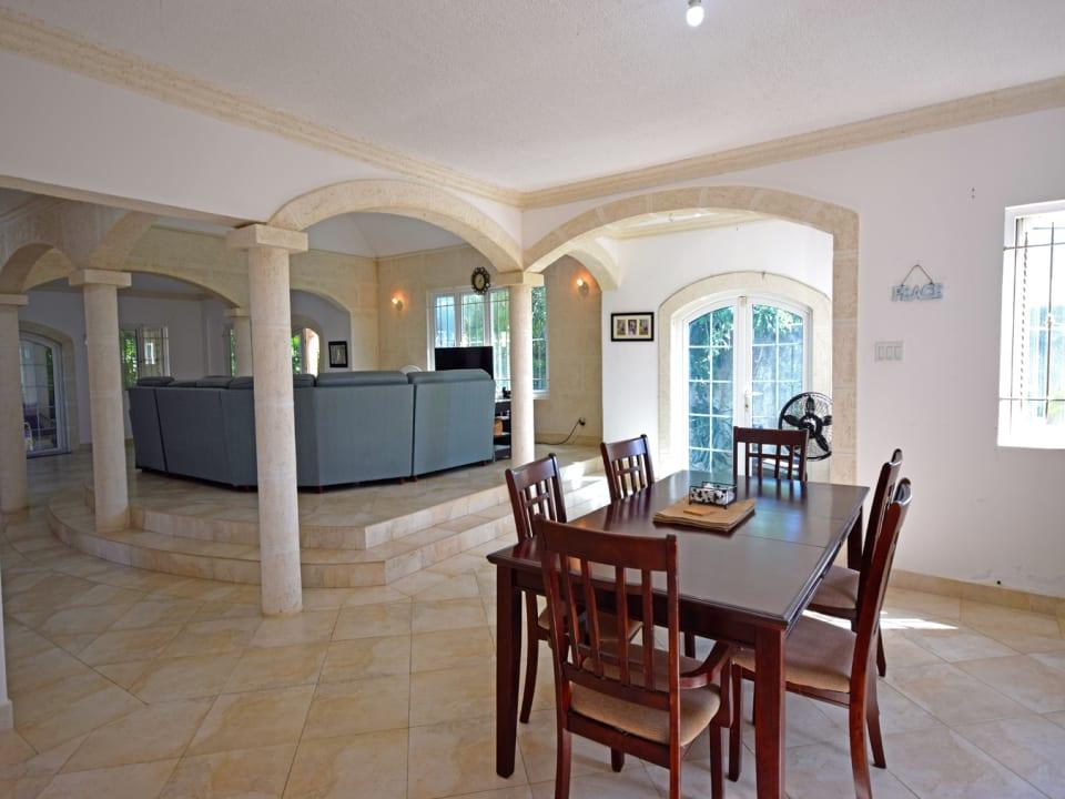 Open Plan - Dining Area