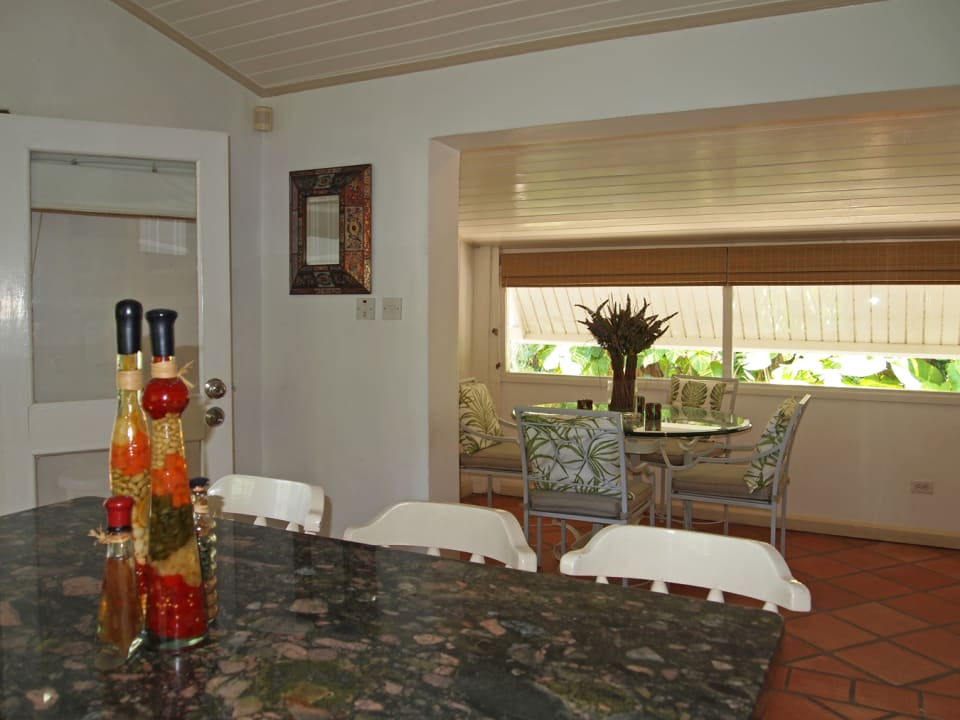 Breakfast area from kitchen