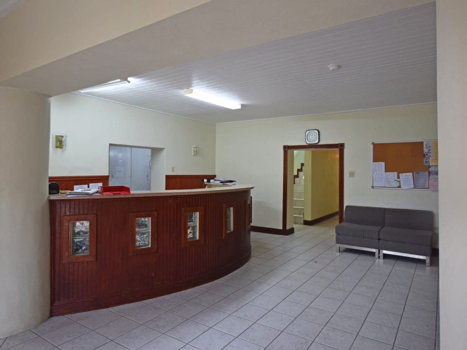 Ground Floor Reception