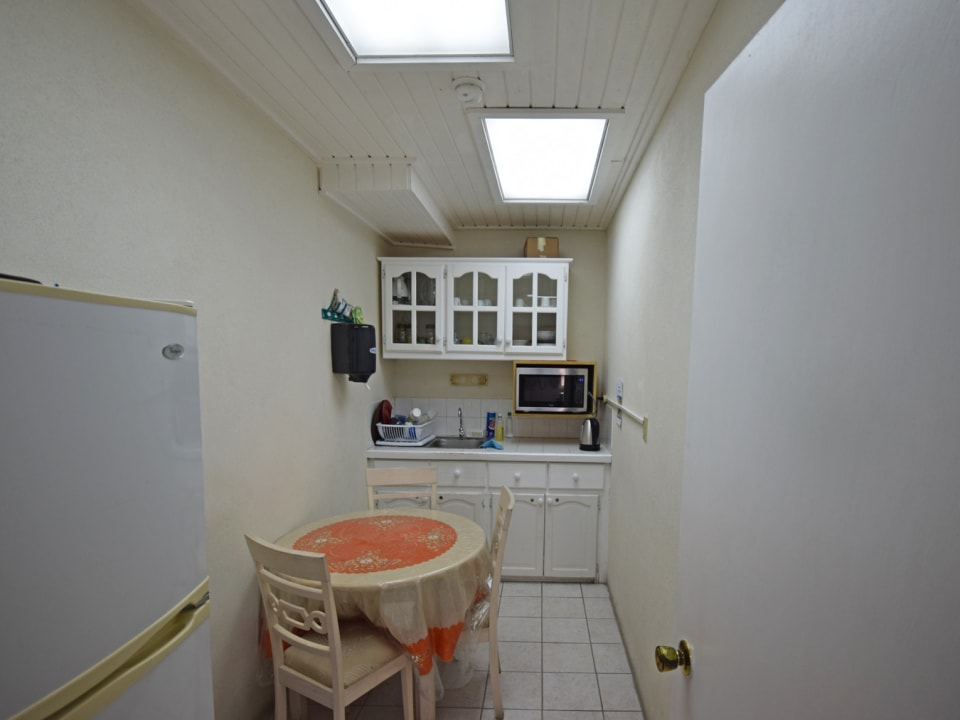 1st Floor Kitchenette