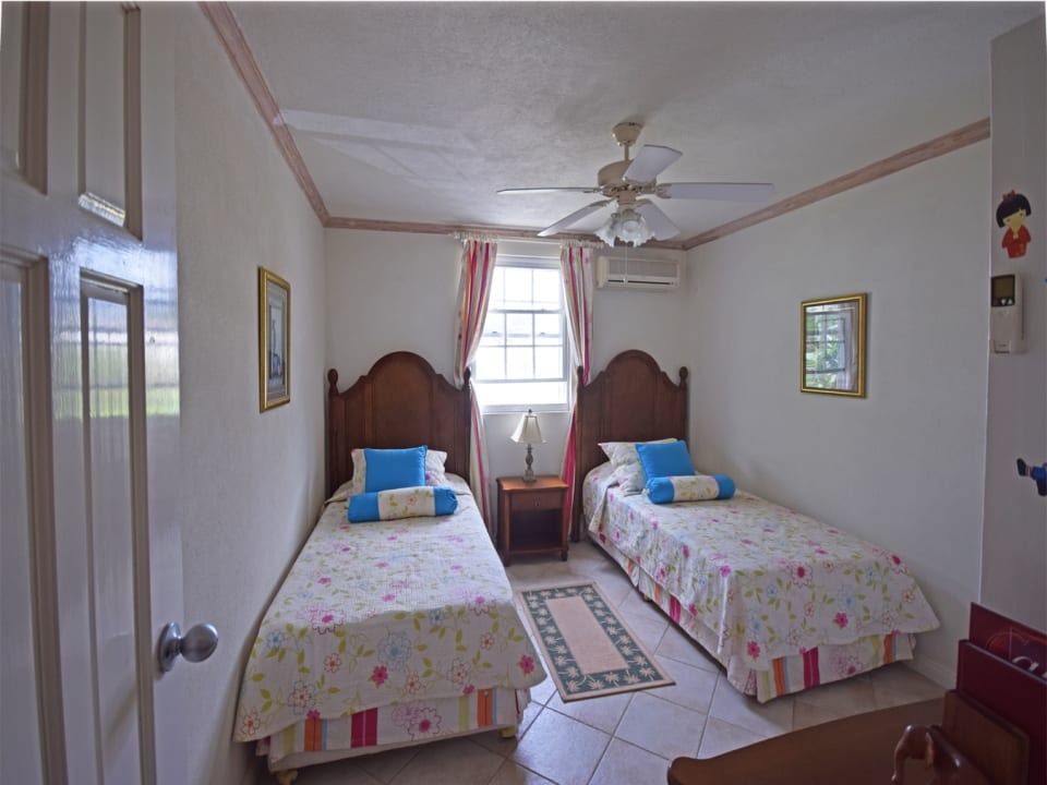 Twin Bedded Bedroom