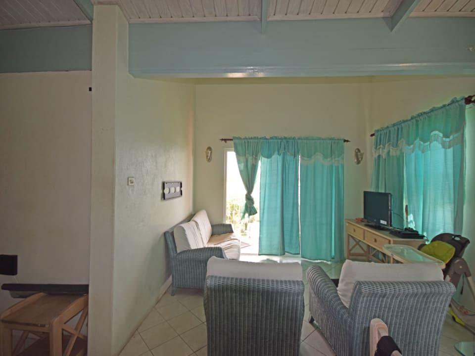 Living area on upper level