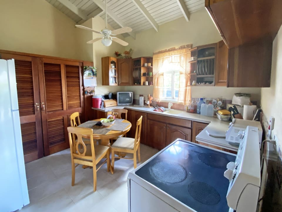 Kitchen with laundry tucked away