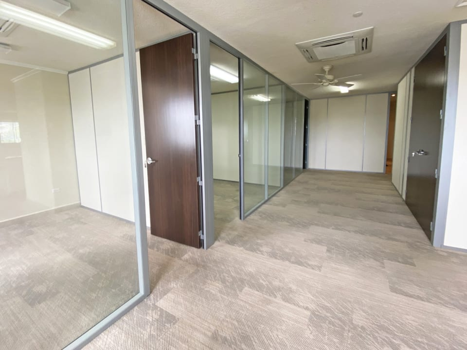 Top floor offers a selection of offices and open plan areas
