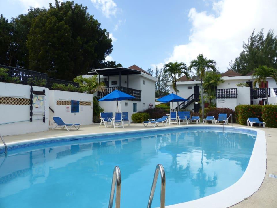 Golden Grove communal pool