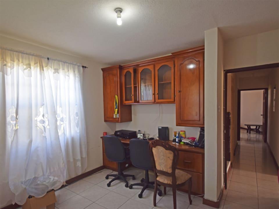 Office/ Bedroom 4