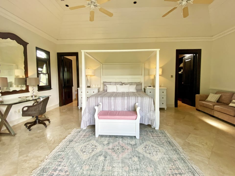 Gorgeous master suite with walk in closet and en suite bathroom