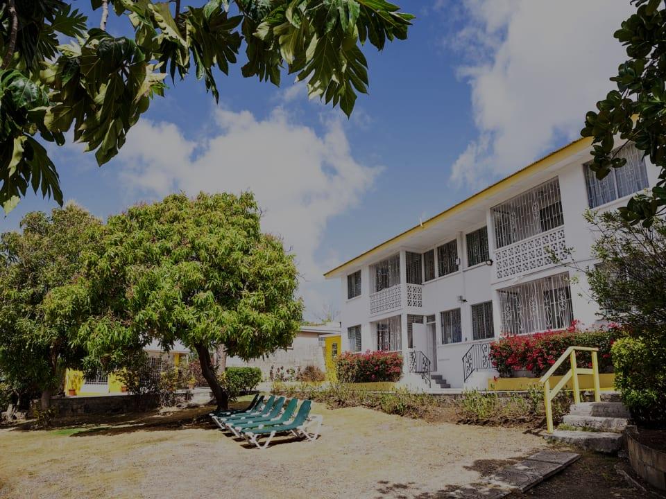 Adulo Apartments
