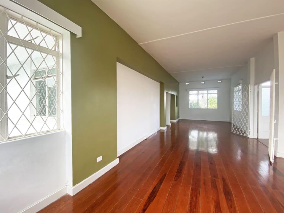 Top Floor 3 Bedroom Apt - Living & dining room