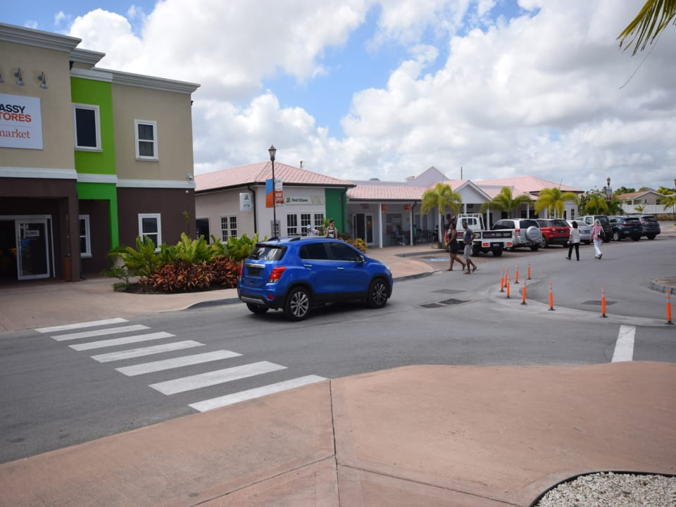The square in the coverley development - Supermarket, bank, atm, restaurants and easy parking