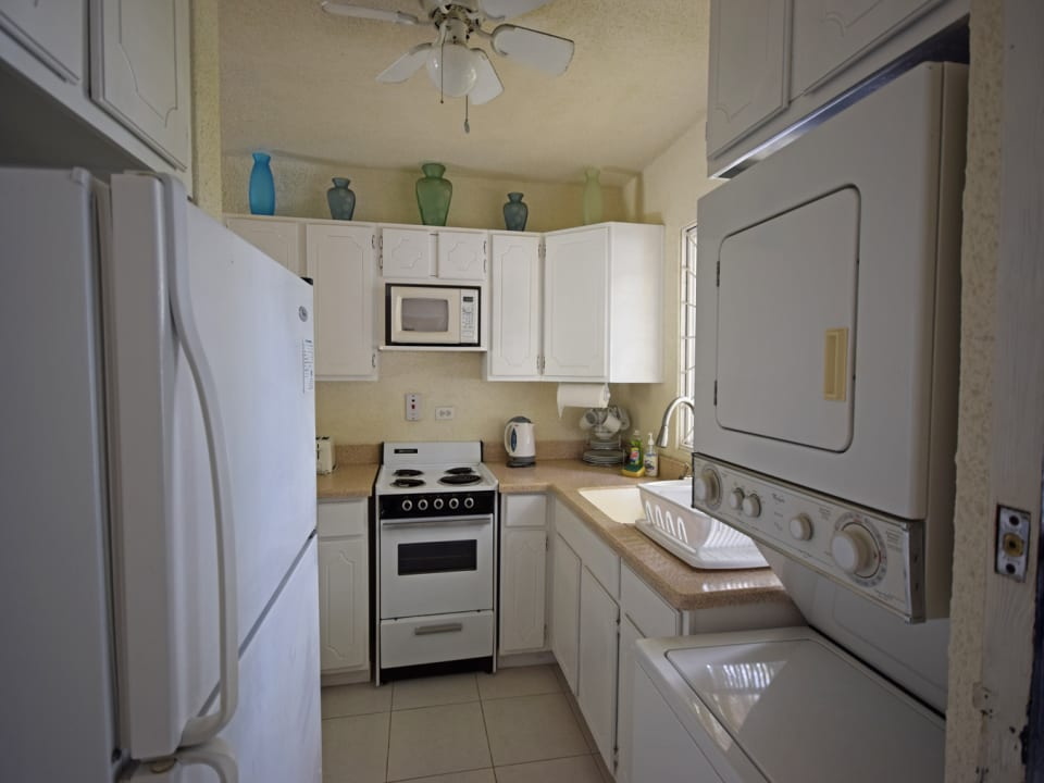 Equipped Kitchen - Laundry