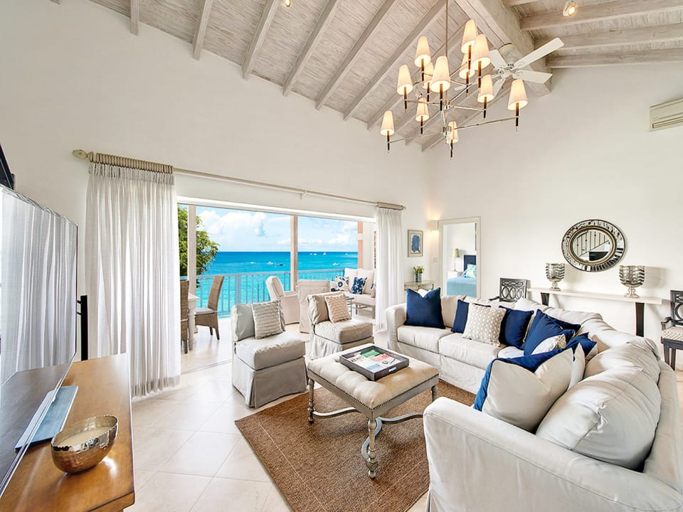 Modern furnishings in the living room