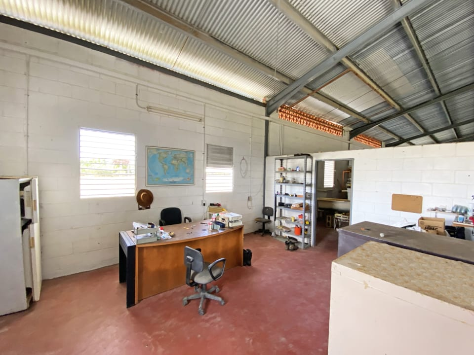 Office space in Warehouse