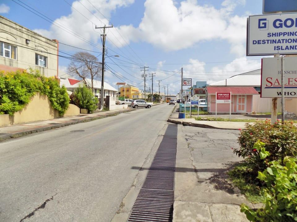 Fontabelle main road