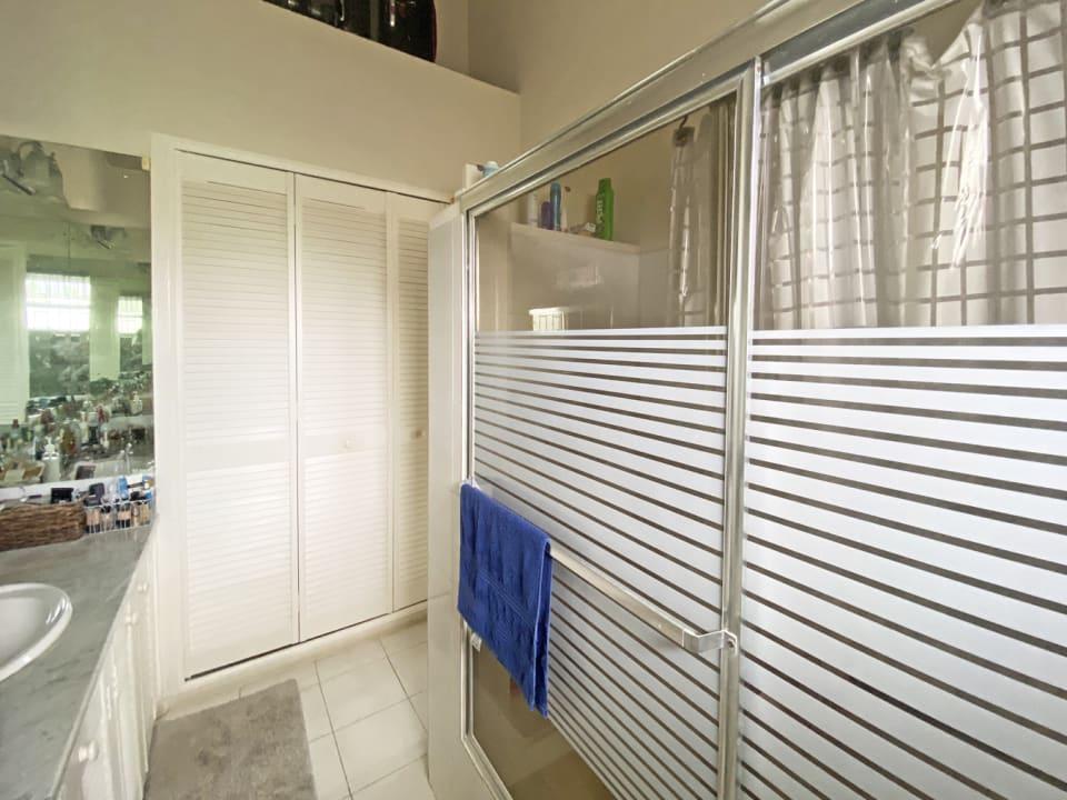 Ensuite bathroom off the main bedroom