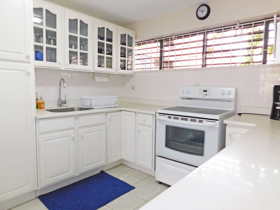 A full compliment of appliances, cutlery and crockery - Turn Key