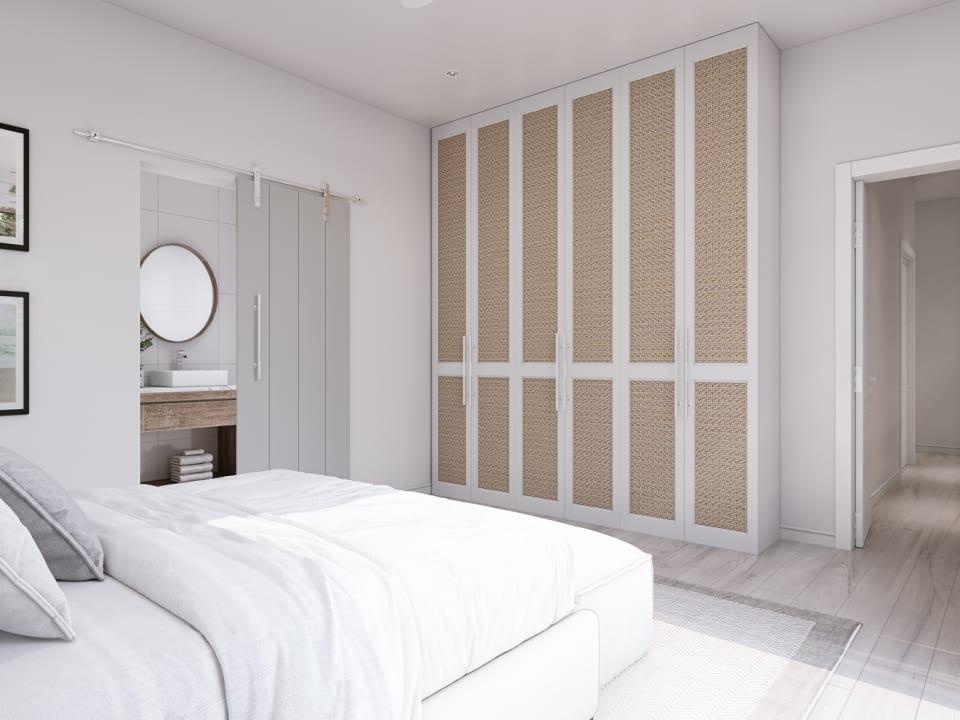 En-suite bathroom and ample storage