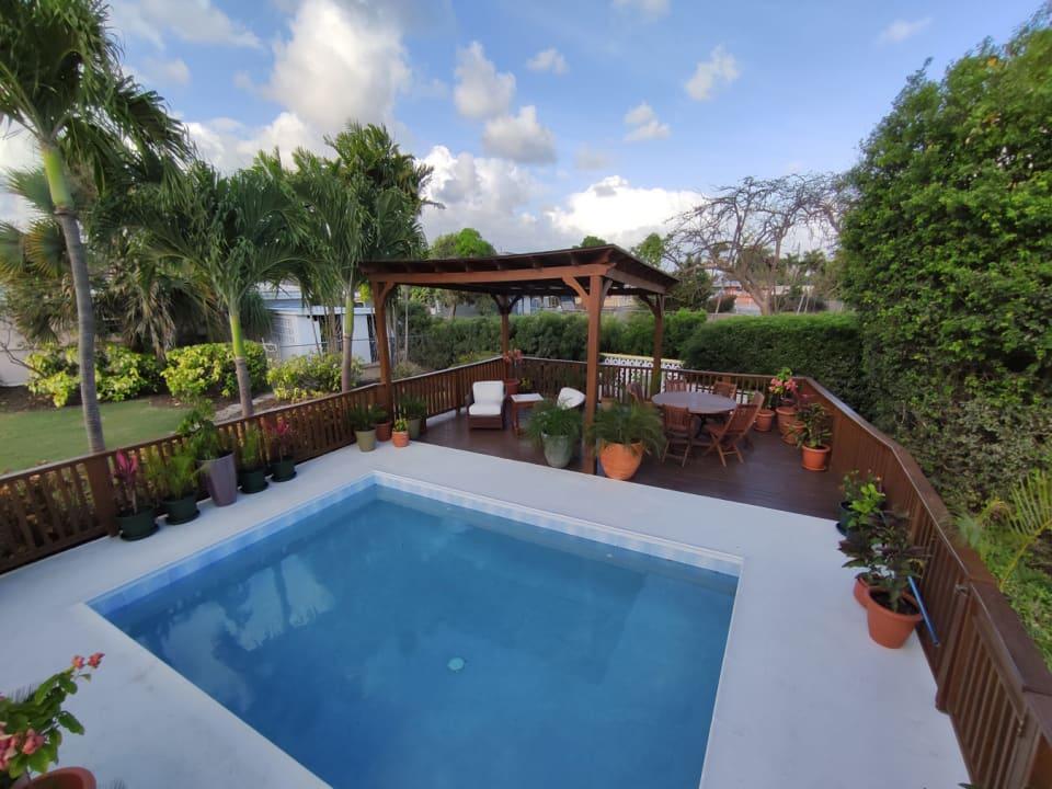 Garden Gazebo & Pool