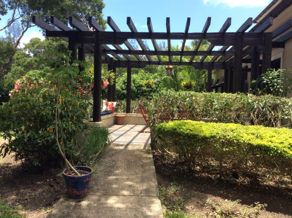 Attractive gardens