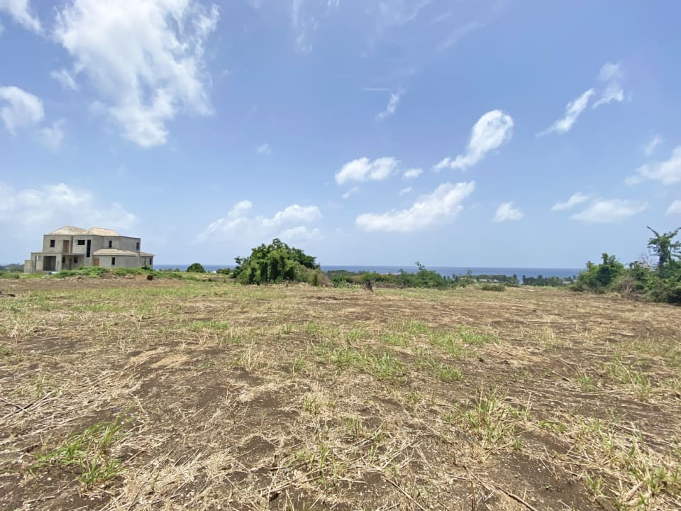 1.36 acres of cliff front land