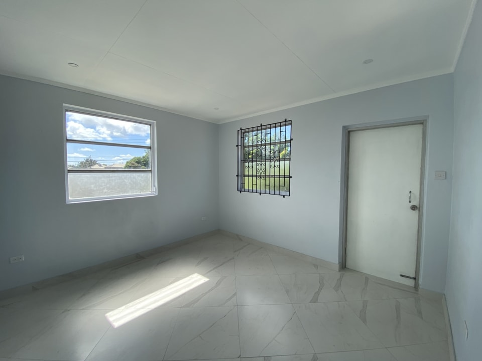 3rd Bedroom with Outside Access
