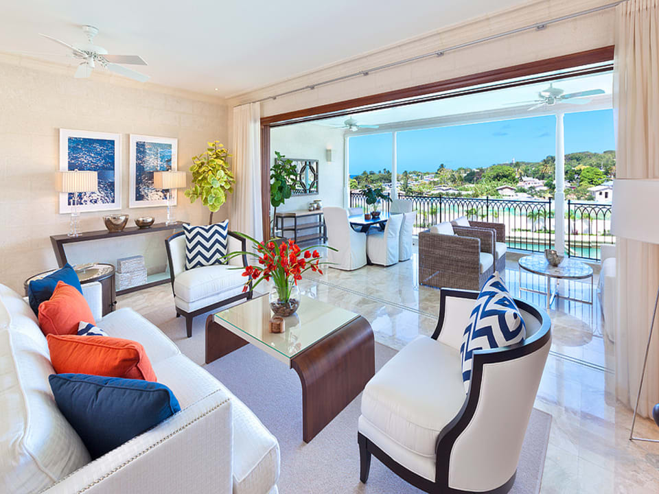 Open plan living and dining terrace