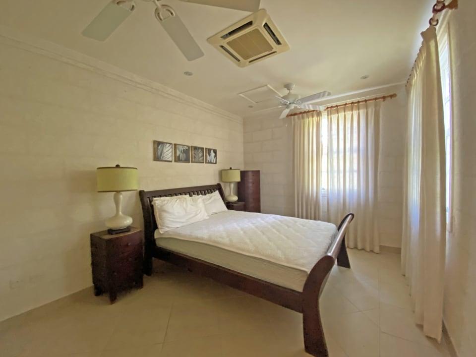 Guest bedroom on the ground floor