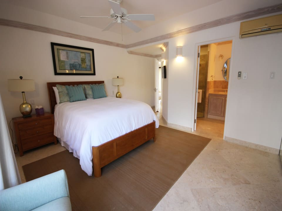 2nd bedroom suite