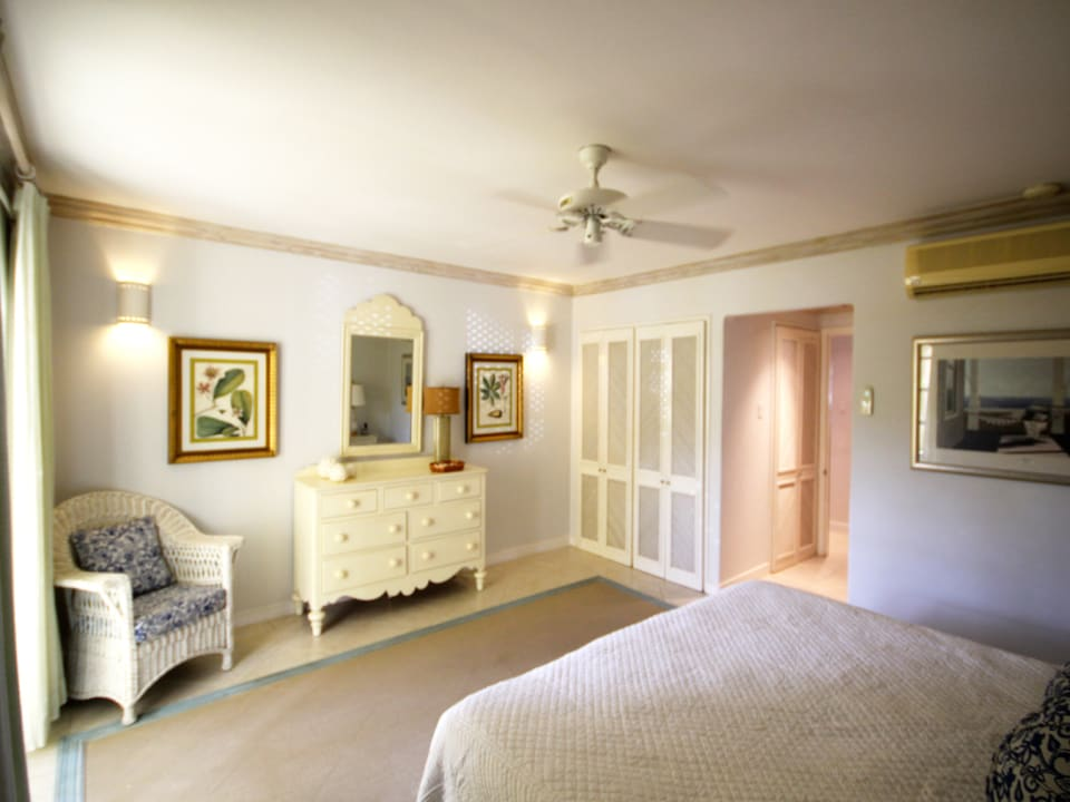 Air-conditioned and comfortable bedroom