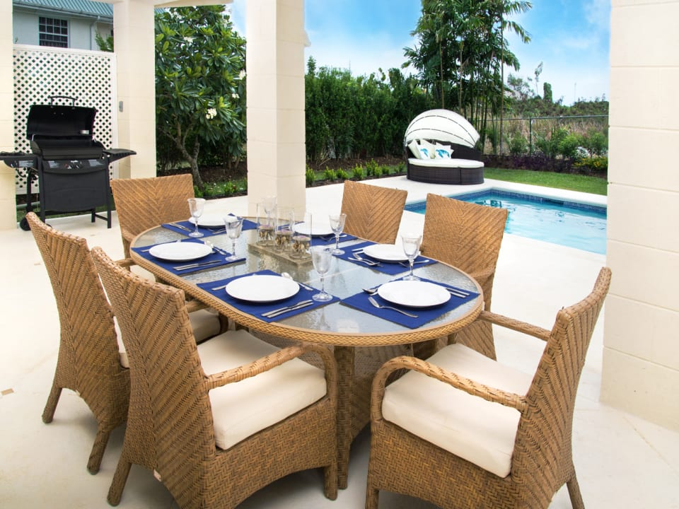 Poolside dining terrace
