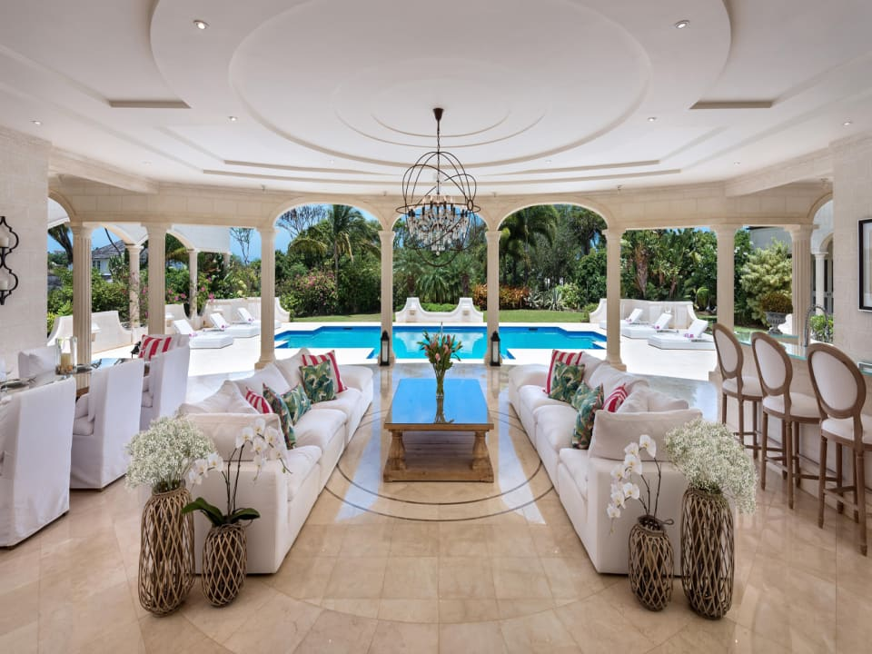 Stunning outdoor living area