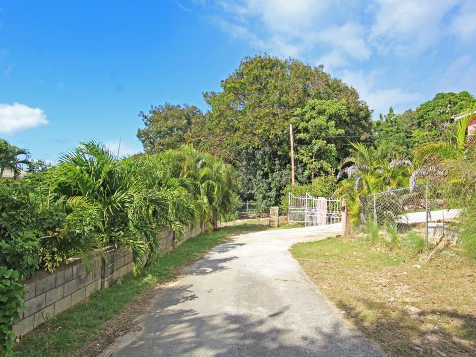 Lot 9 Patricia Gardens, Mullins.  Mature neighbourhood within a 5 minute walk of Mullins Beach