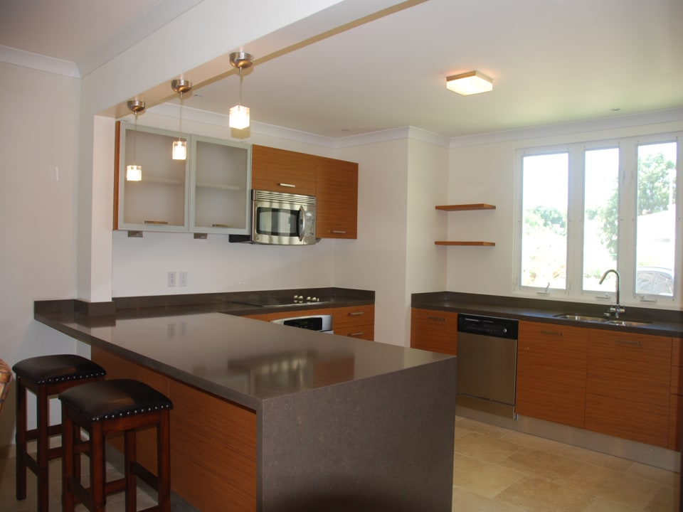 Modern kitchen with quartz countertops