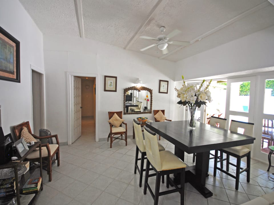 Dining room opens to covered verandah