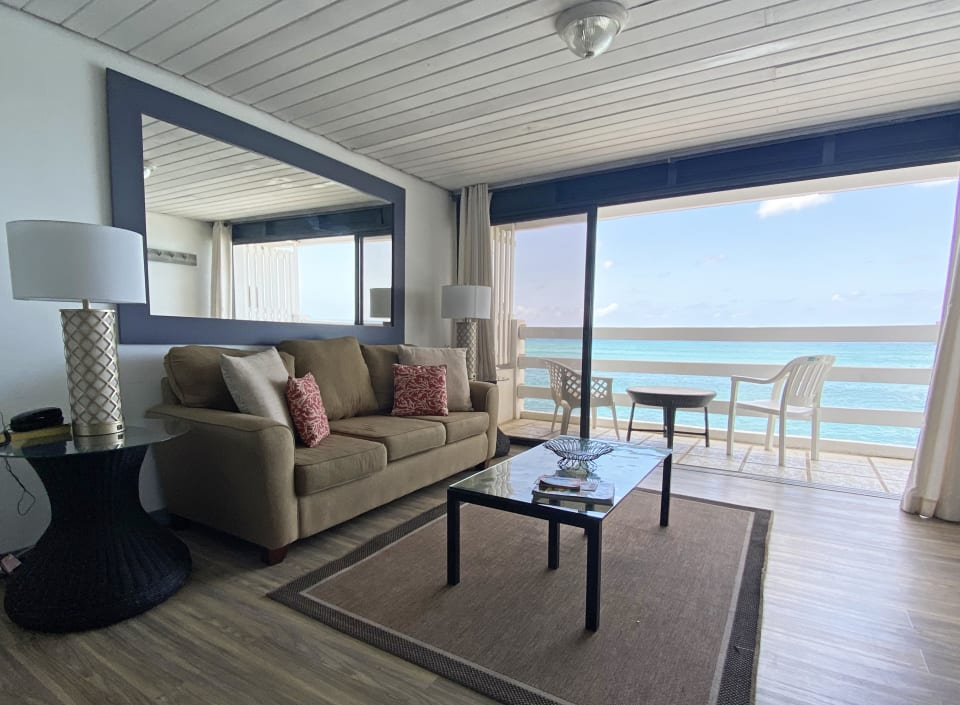 Living area with sea views from balcony