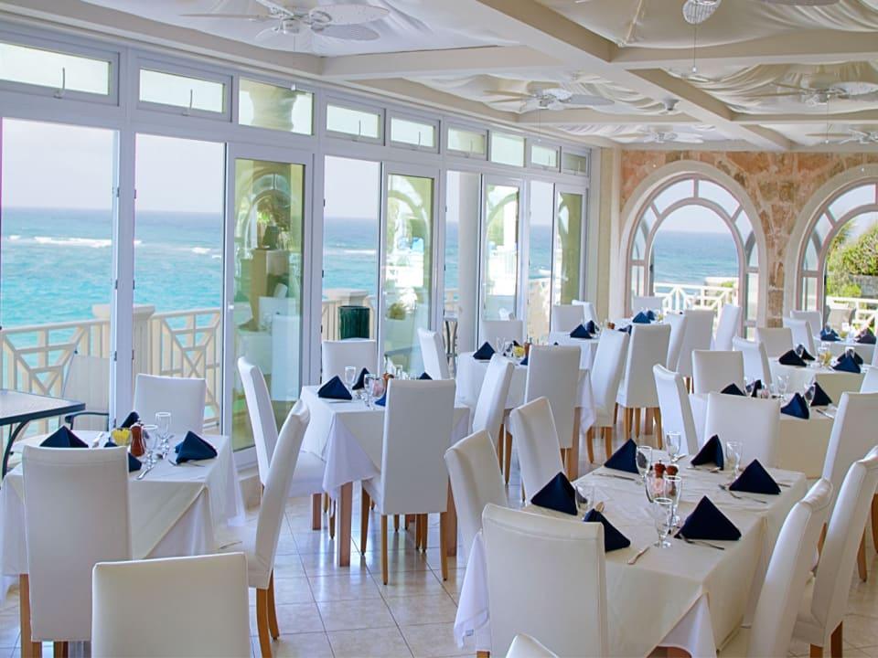 EL'Azure Restaurant