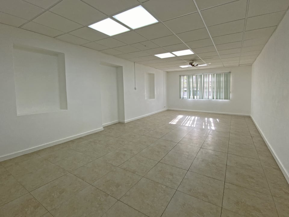 Very large room - ground floor