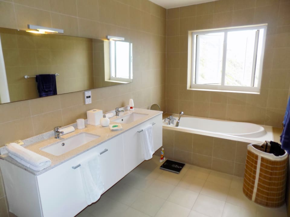 Master Bathroom - comes with a tub and a shower