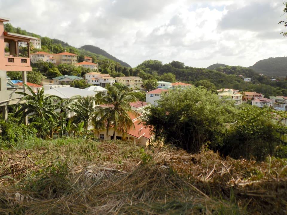 Walking distance to Rodney Bay