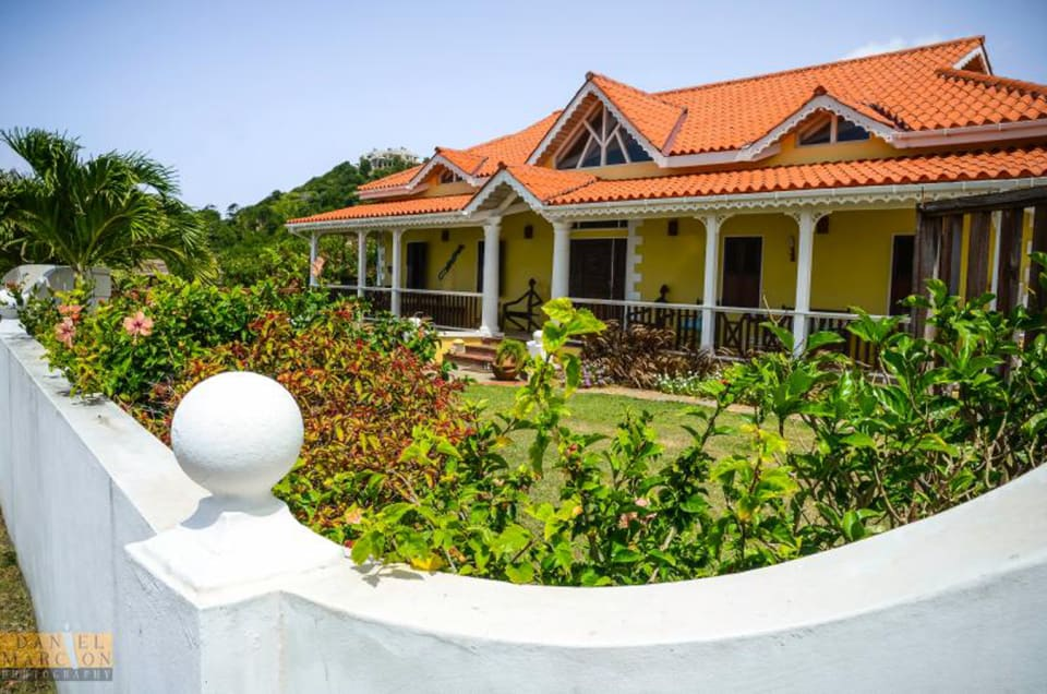 Villa Canary