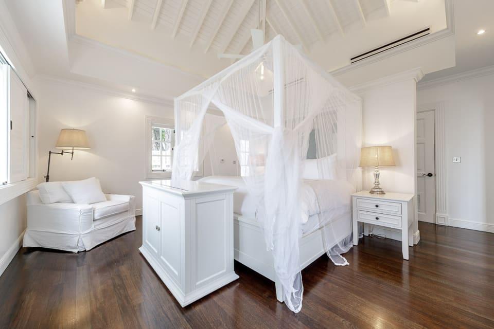 Upper floor master bedroom