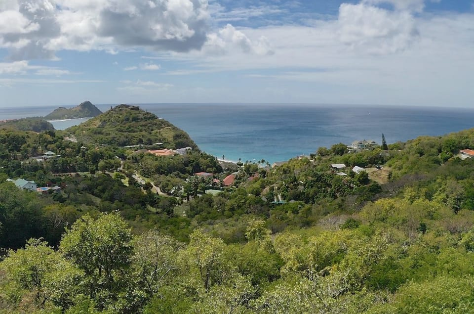 Caribbean Sea-views with Pigeon Island