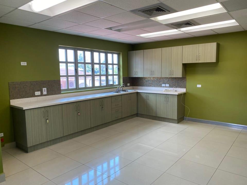 huge kitchen/lunch room