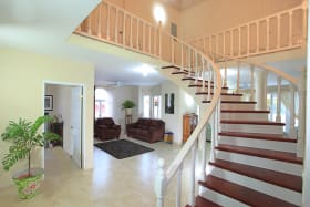 Graceful stairway