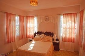 Downstairs bedroom en suite
