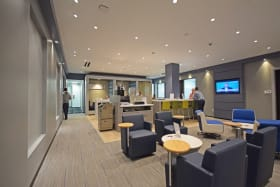 Business World Lounge