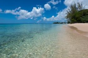 Direct access to Gibbs beach
